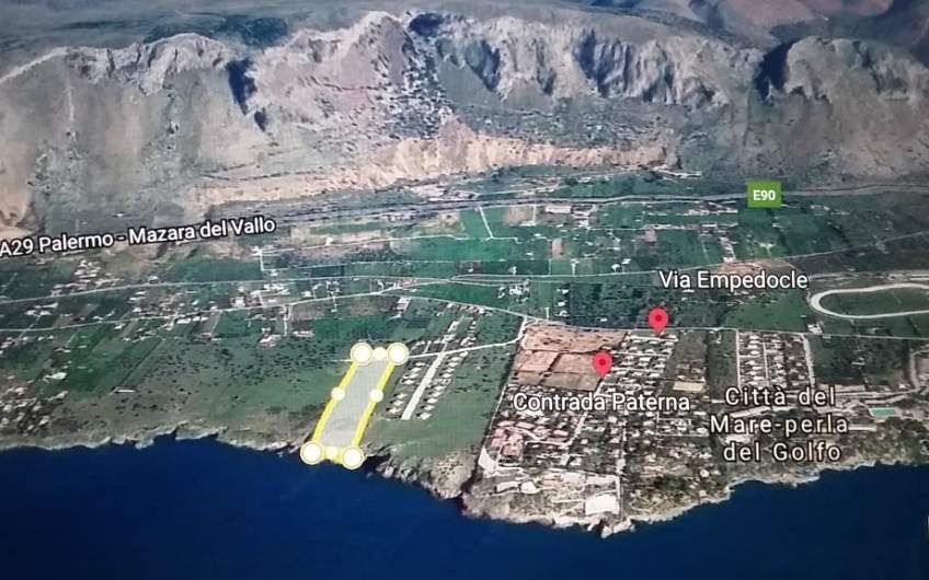 Land 22262 m2 | By the sea in Palermo | Terrasini