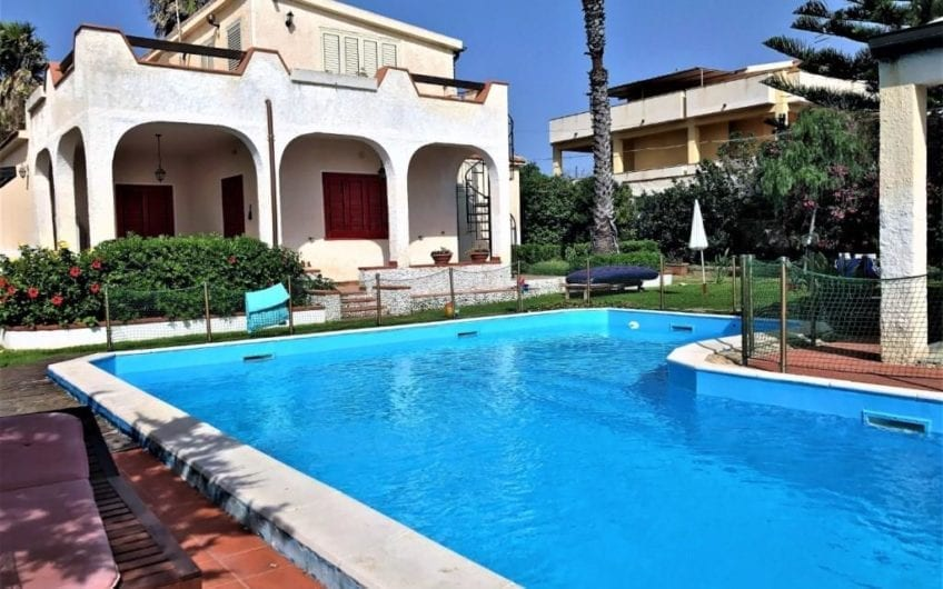Two houses seaview with pool in Plemmirio | Syracuse