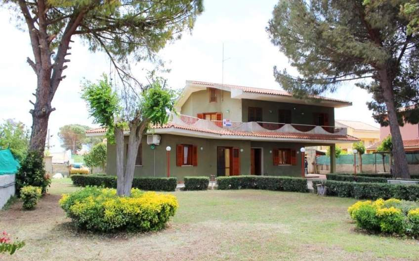 Property for sale in Arenella | Syracuse | 200 m from the beach
